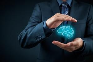 Person schützt sein geistiges Eigentum, Rechte und Patente.
