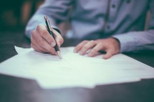 Legalisationen für Urkunden weltweit übersetzen | Bohmann Übersetzungen